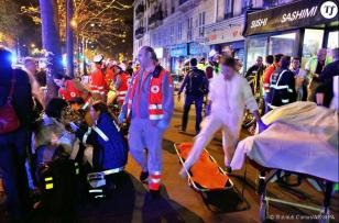 352820 photos des attentats du 13 novembre 990x0 2